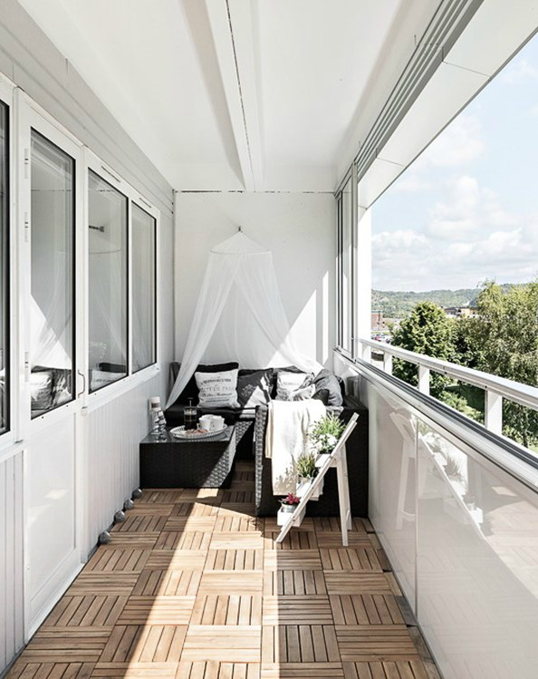 balcony seating with pillows